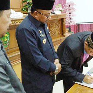 """DPRD Tanjungpinang Sahkan 43 SOTK """"DENGAN BEBERAPA CATATAN"""" 6"""