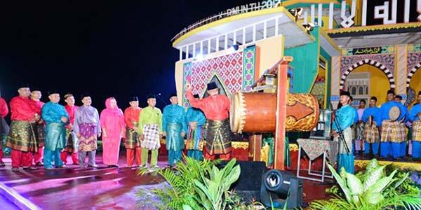 "Gubernur Nurdin : Mari Kembali Ke Al Quran ""DAN MAKMURKAN MASJID"" 1"