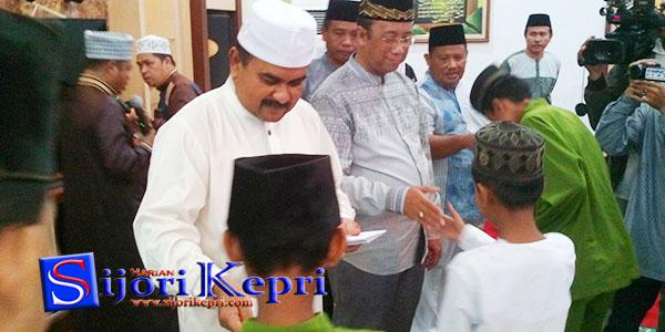 """Janda dan Anak Yatim Piatu """"DAPAT SANTUNAN dari PEMKAB KARIMUN"""" 1"""
