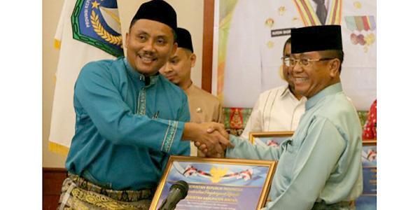 """Pemkab Bintan Terima Penghargaan """"KEMENTERIAN KEUANGAN"""" 1"""