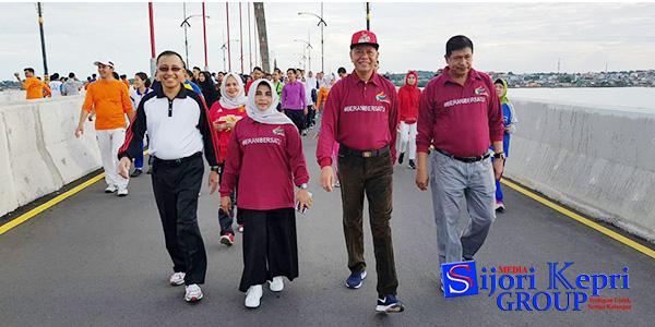 """Walikota Syahrul dan Wawako Rahma """"IKUT JALAN SANTAI KIRAB PEMUDA"""" 1"""