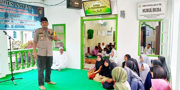 Kapolres Natuna Buka Bersama Masyarakat Kampung Tua Penagi