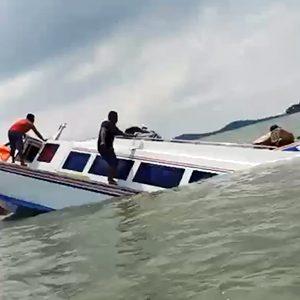 Video Kapal Speed Boat Tenggiri 4 Tenggelam di Perairan Pulau Tikus 5