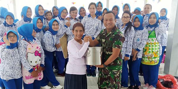 Menteri Susi Mendadak Kunjungi Lanal Ranai