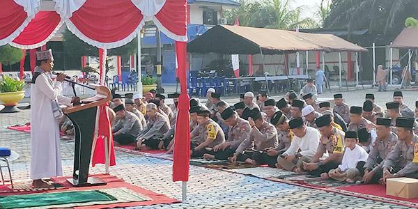 Polres Karimun Laksanakan Shalat Idul Adha 1