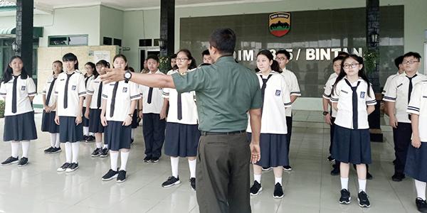 30 Siswa SMP Maitreyawira Kunjungi Makodim 0315/Bintan