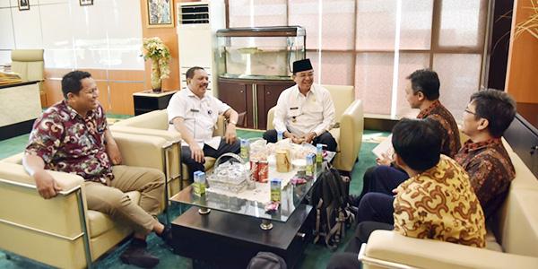 Bertemu Bupati Inhil, Para Dosen Universitas KH Ahmad Dahlan Bahas Kopra Putih