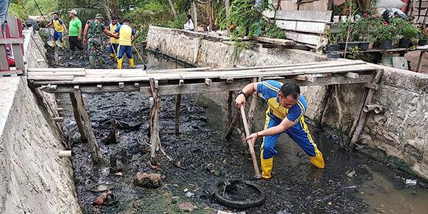 Kegiatan World Cleanup Day di Kecamatan Tebing 1