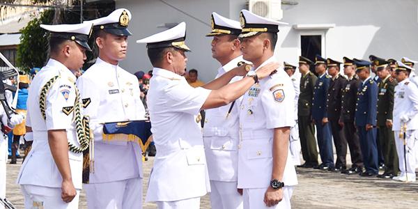 Kolonel Laut (P) Tunggul Resmi Jabat Danlanal Ranai