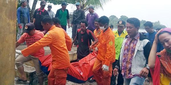 Kapal Pompong Tenggelam, Nelayan Ditemukan Tewas
