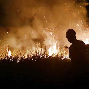 Vihara Bati Dikepung Api, Kapolsek Tebing Ambil Tindakan 9