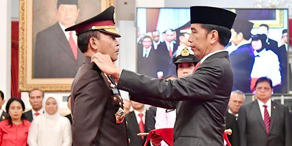 Presiden Jokowi Lantik Idham Aziz Jadi Kapolri