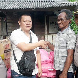 Polsek KKP, Polsek Tebing, Koko Singapore dan Media Beri Bantuan Sembako 4