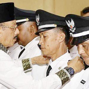 Bupati Natuna, HA Hamid Rizal, melantik Kepala Desa Terpilih Periode 2020 – 2026