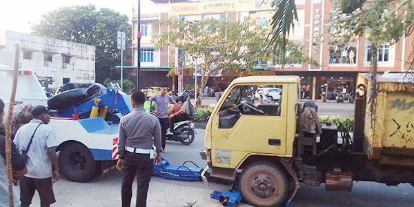Dua Mahasiswi STAI Abdul Rahman Bintan, Diseruduk Angkot