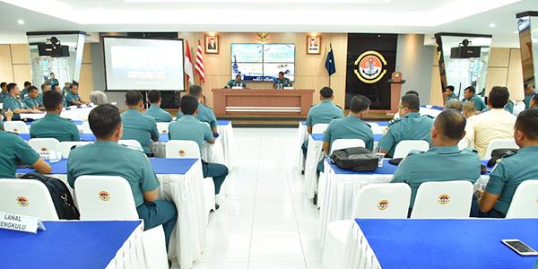 Didampingi Danlantamal IV, Kadiskual Tutup Rekonsiliasi Internal Semester II