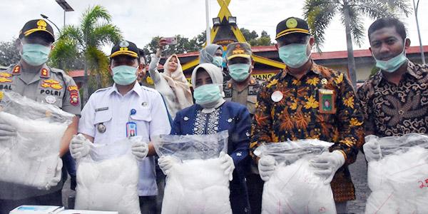 25 Kilo Narkotika Hangus Dibakar Dalam Drum