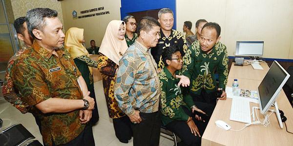 Mengurus KTP dan KK, Warga Bintan Tidak Perlu ke Tanjungpinang Lagi