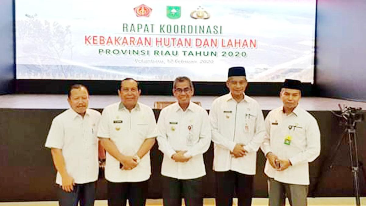 Sekda Meranti Ikuti Rakor Karhutla Bersama Kapolri dan Panglima TNI 1