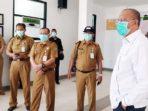 Bupati Natuna, Drs H Abdul Hamid Rizal, melakukan sidak melihat kesiapan fasilitas dan aparatur medis