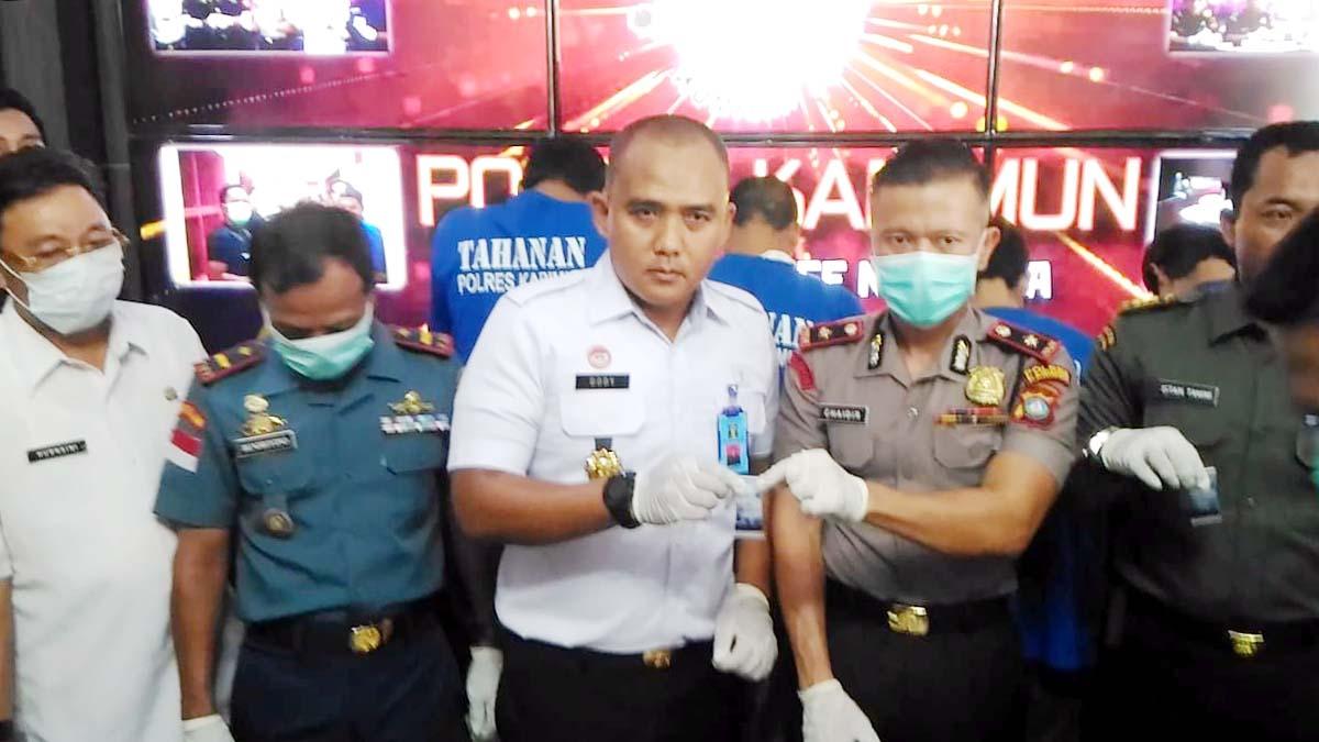 Enam Orang Ditangkap, 1.261,28 Gram Sabu Diamankan 1