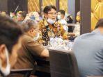 Bupati Bintan Akan Potong Gaji Pejabat Untuk Bantu Warga 9