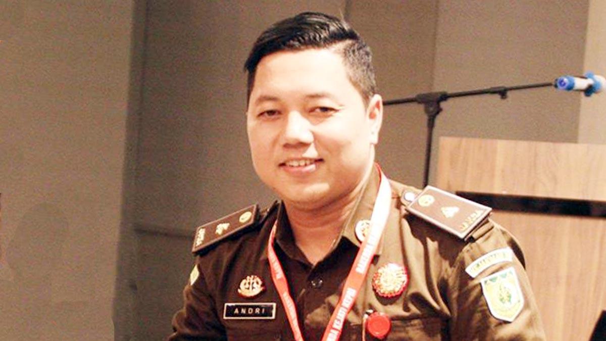 Berkas Dugaan Kasus SPPD Fiktif DPRD Karimun Bolak Balik 1