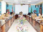 Sekda Natuna, Wan Siswandi, memimpin Rapat Percepatan Pelaksanaan Pencegahan dan Penanganan COVID-19