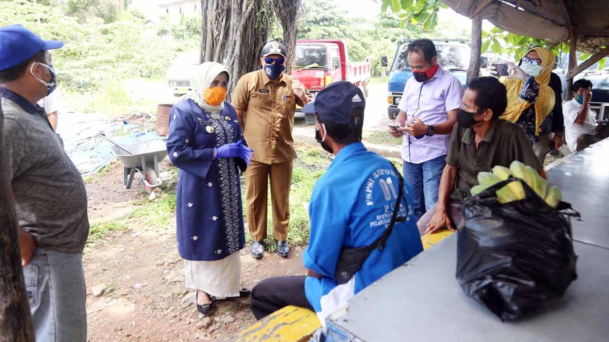 Tidak Percaya Data Bansos RT, Plt Walikota Tanjungpinang Turun ke Lokasi 9