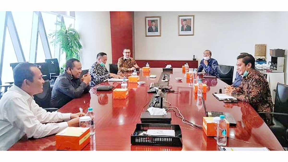 Bupati Meranti, H Irwan, bersama Managemen PT Energi Mega Persada (EMP) Malacca Straits, di EMP MSSA Bakrie Tower Lt. 31, Rasuna Epicentrum, Kuningan, Jakarta Selatan