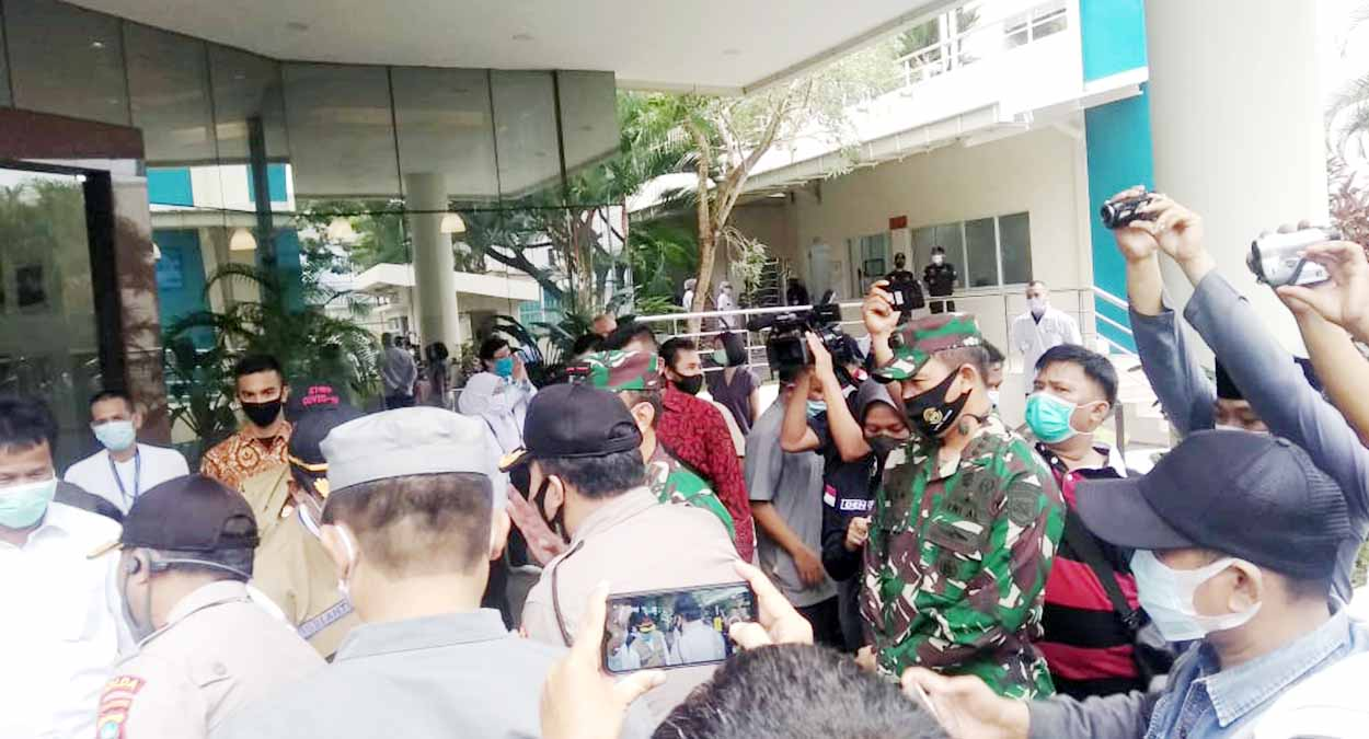 Danlanal Batam Dampingi Plt Gubernur Kepri Pantau Penerapan Protokol Kesehatan 1