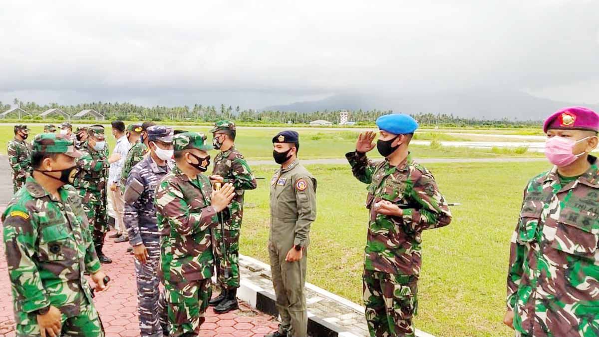 Kunjungi Natuna, Pangkogabwilhan I Tinjau Kesiapan TNI 5