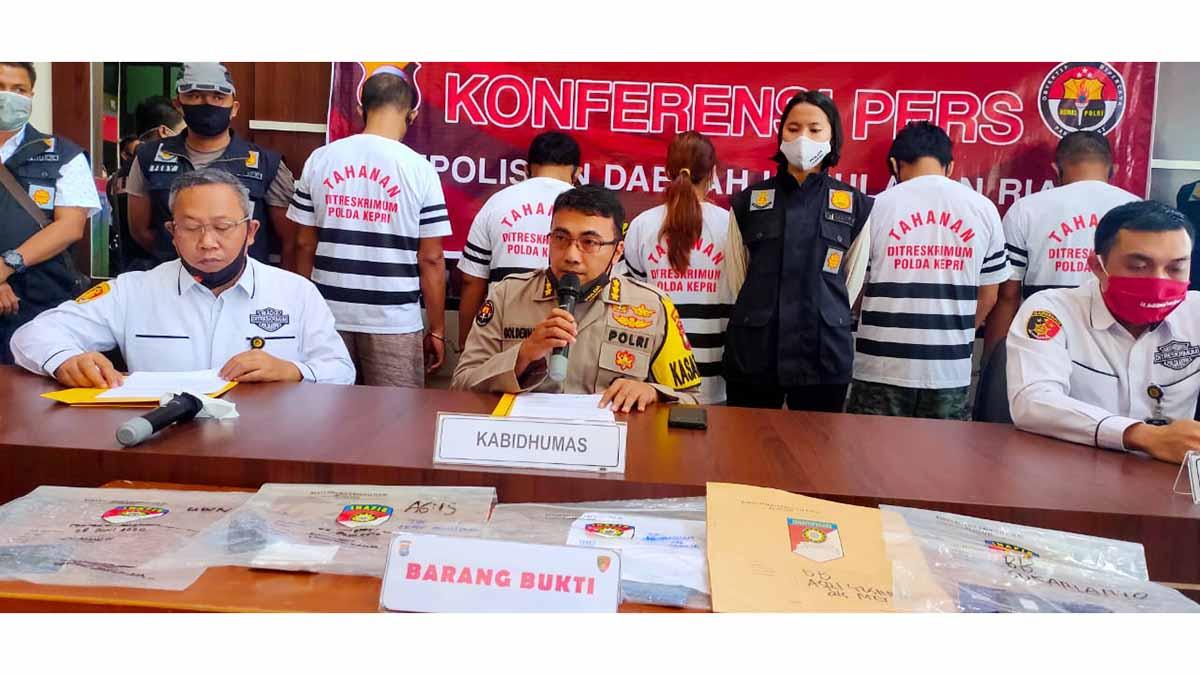 Polda Kepulauan Riau Tangkap 5 Pelaku Tindak Pidana Perdagangan Orang 1