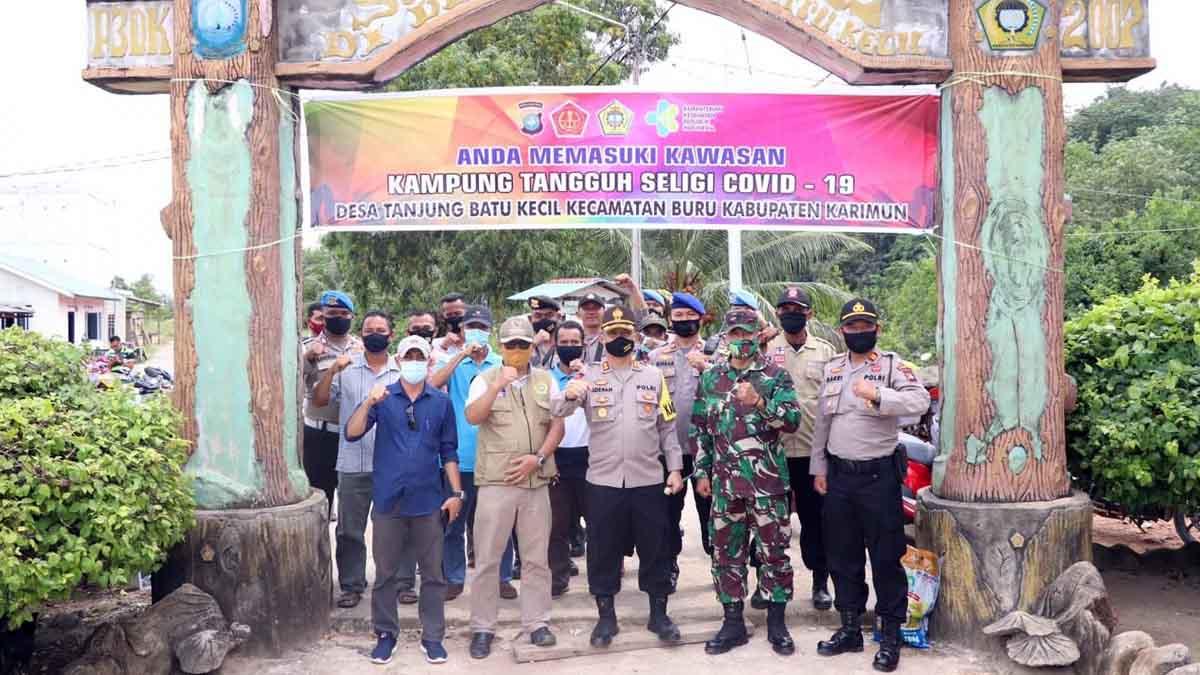 Polres Karimun Canangkan Desa Tanjung Batu Kecil Jadi Kampung Tangguh Seligi 1