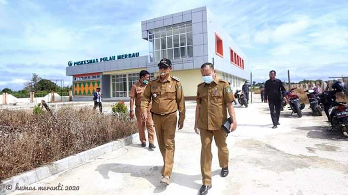 Sekda Meranti Cek Puskesmas Rawat Inap Pulau Merbau 9