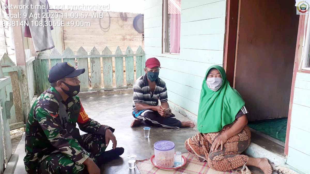 Babinsa Desa Harapan Jaya Ajak Warga Jaga Kesehatan Diri dan Keluarga 18