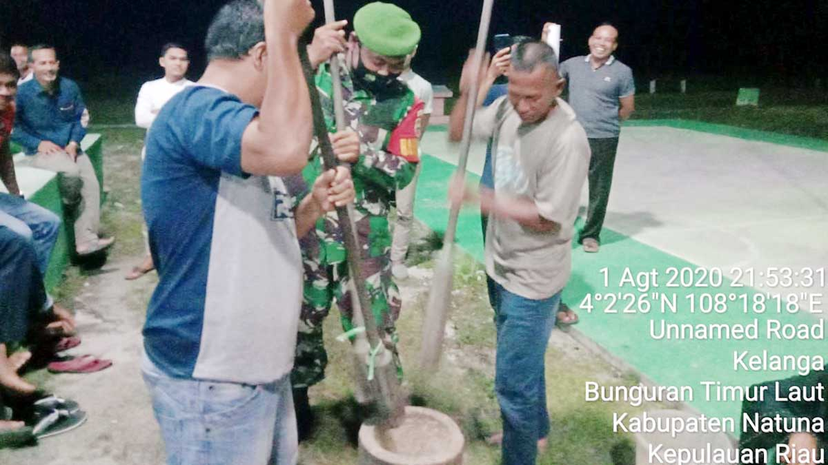 Babinsa Desa Kelanga Hadiri Pesta Rakyat 16