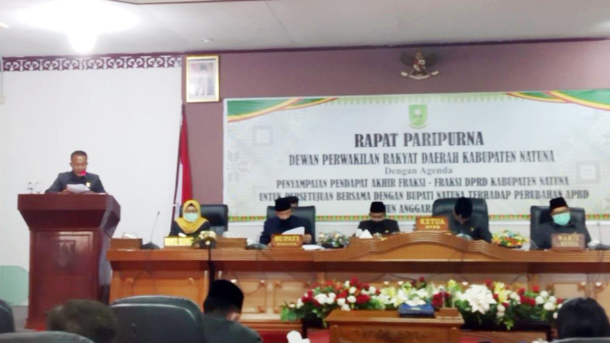 Penyampaian pendapat akhir fraksi-fraksi DPRD Natuna, tentang Rancangan Perubahan APBD Natuna Tahun 2020