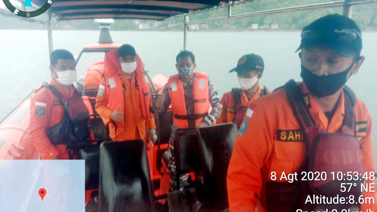 Pemancing Jatuh Dari Kapal, Langsung Hilang di Perairan Pulau Mepar 39