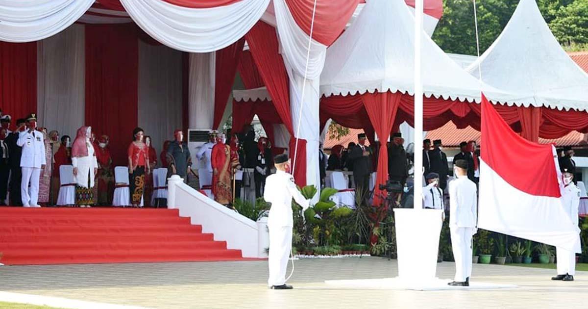 Masker Merah Putih Hiasi Upacara Detik-Detik Proklamasi Kemerdekaan RI ke 75 Kepri 10
