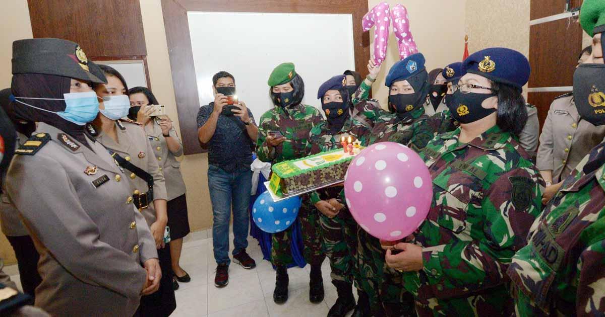 Aparat TNI 'Serang' Polres Tanjung Pinang 6