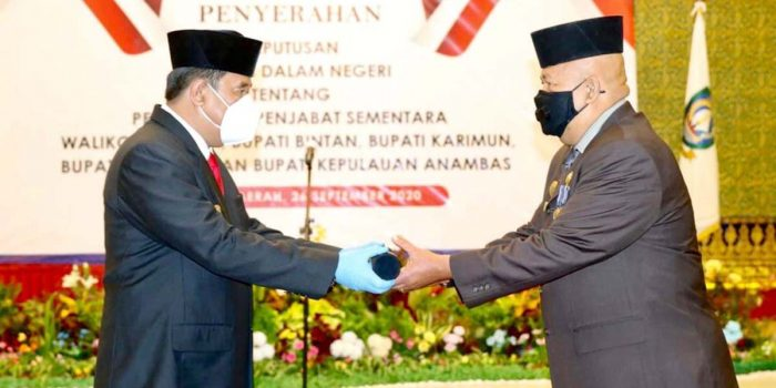 Syamsul Bahrum Jabat Wali Kota Batam 12