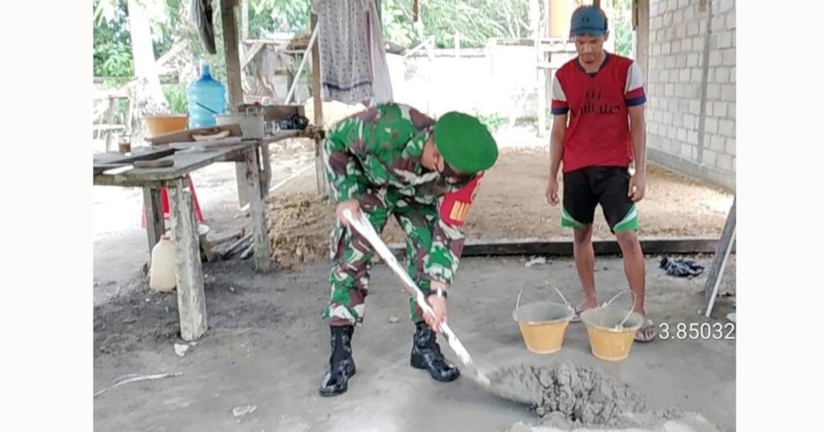 Babinsa Desa Cemaga Utara Komsos Bersama Pekerja Bangunan 6