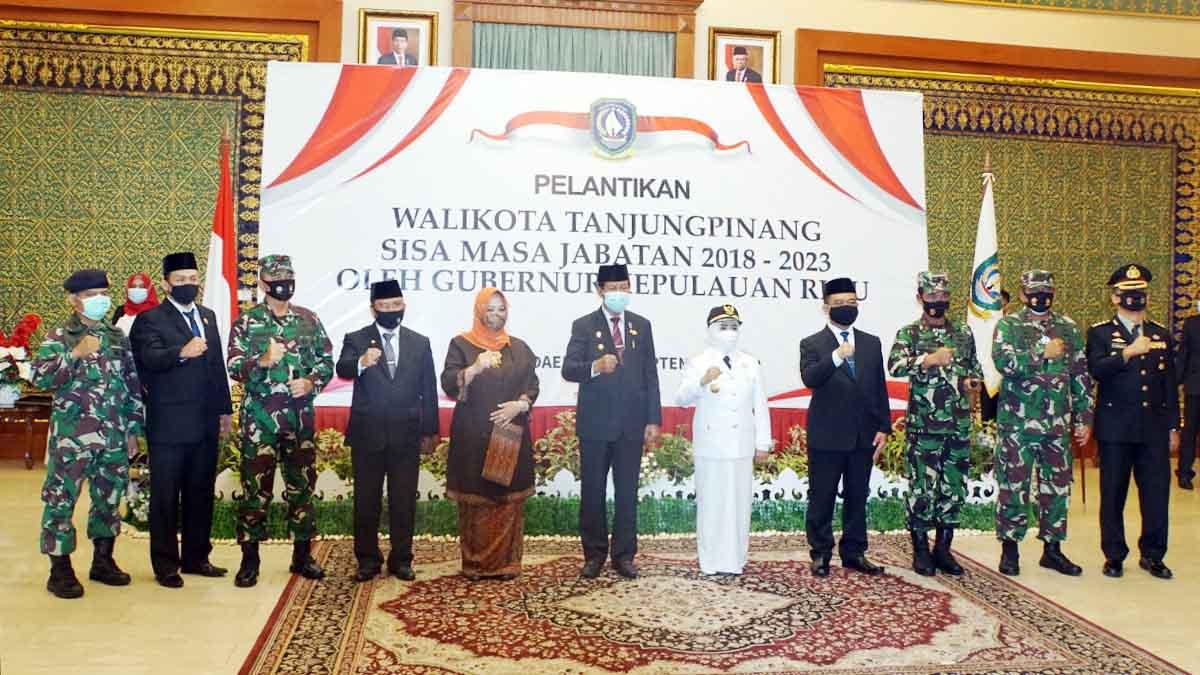 Danlantamal IV Beri Selamat Pada Wali Kota Tanjung Pinang 1