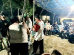 Wan Siswandi dan Rodial Huda Saksikan Permainan Alu Warga Desa Sepempang 5