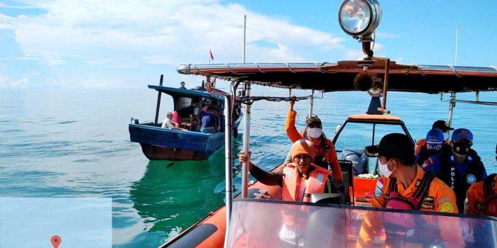 SAR Tidak Berhasil Temukan Korban Kapal Kayu Ditabrak Tug Boat di Perairan Lingga 15