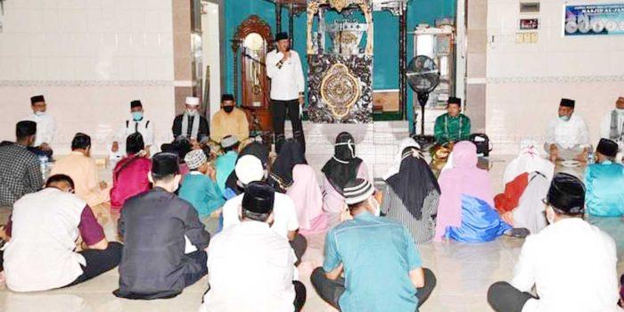 Bupati Natuna Hadiri Tausiyah dan Doa Istiqhosah Hari Jadi Kabupaten Natuna Ke 21 94
