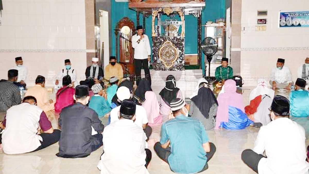 Bupati Natuna Hadiri Tausiyah dan Doa Istiqhosah Hari Jadi Kabupaten Natuna Ke 21 1