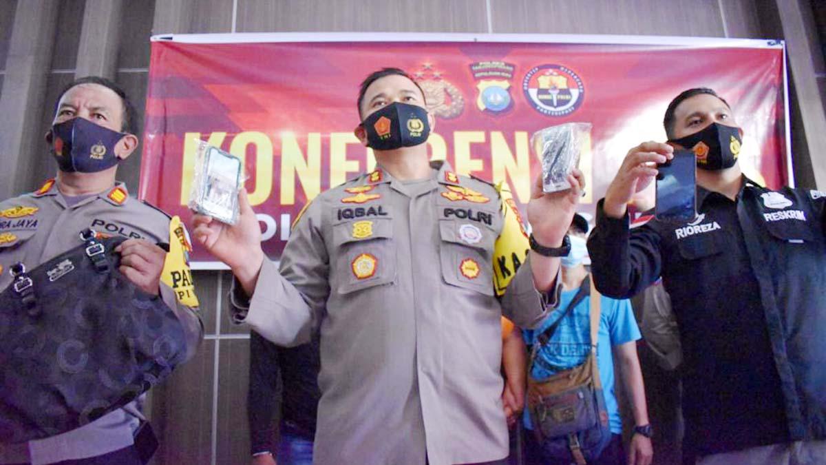 Polres Tanjungpinang Ringkus Pelaku Jambret, Korban Terjungkal ke Aspal 1