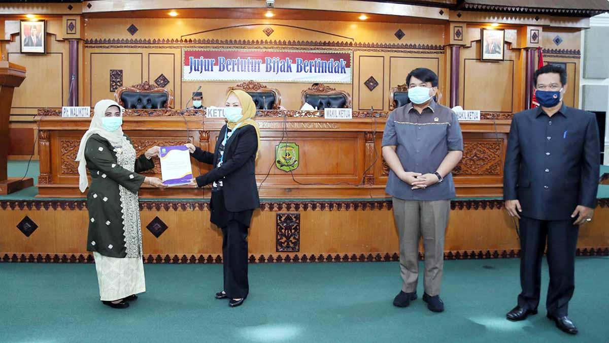 DPRD Tanjungpinang Gelar Paripurna Nota Pengantar LKPJ Wali Kota Tanjung Pinang Tahun 2019 1